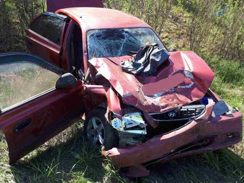Ханты-Мансийск: шофёр ВАЗа устроил серьезное ДТП натрассе Тюмень