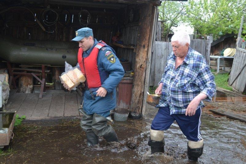ИзИшима срочно эвакуируют граждан