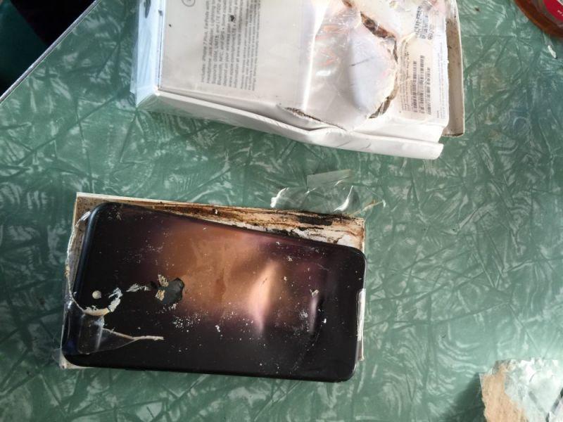 Новый День СМИ взорвался первый iPhone 7