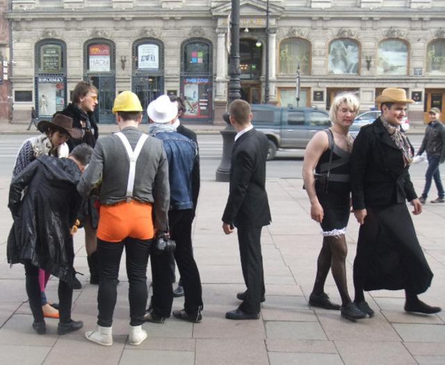 uslugi-transvestitov-v-peterburge