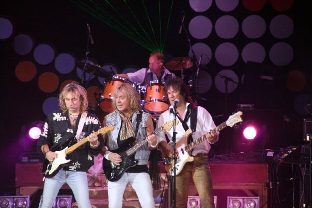 ����� ������: ������ � �����: �������� ''Status Quo'', ''Sweet'' � ''Spirit of Smokie''; ����� ������-�������� ������, ���� Jucifer, ������������� ������ � ���� ������������ ���� (����, �����)