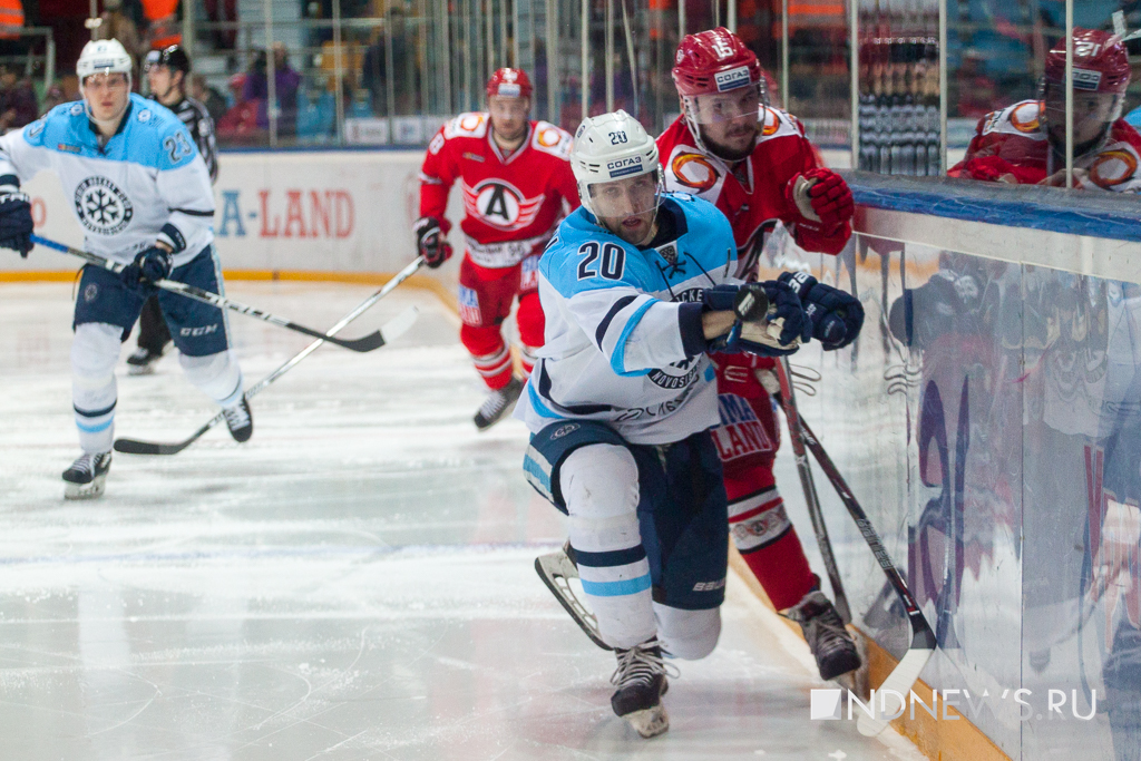 Сезон завершен: «Автомобилист» в заключительном матче чемпионата проиграл «Сибири»