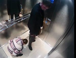 Приспичило пописать в лифте фото 406-433