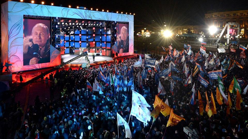 Путин рискует повторить судьбу Горбачева