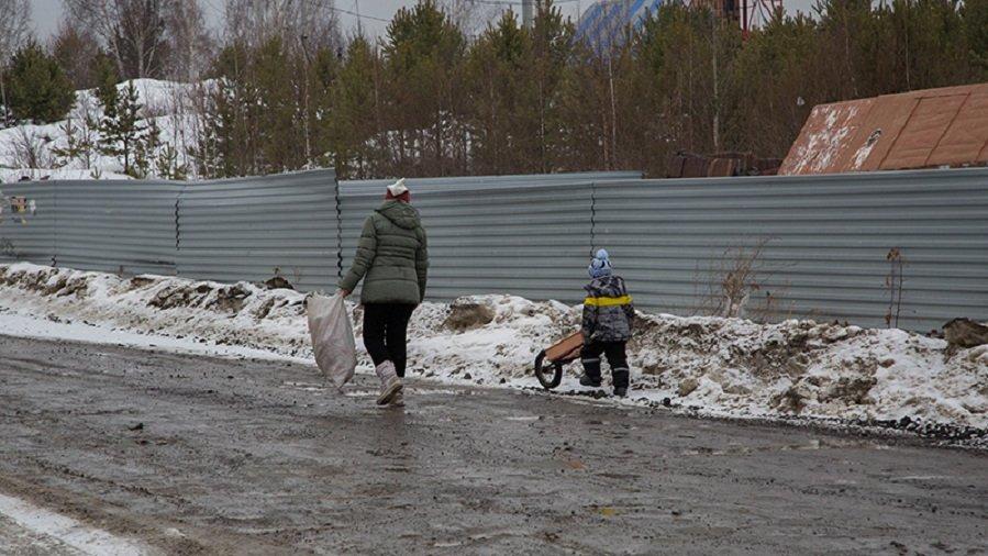 Жизнь на окраинах Екатеринбурга: без газа, канализации, больниц и детсадов (ФОТО)