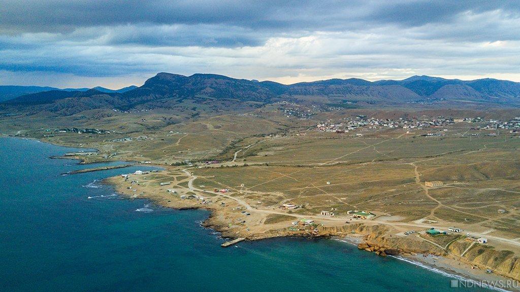 «И вот пришел бульдозер…» Крымчане становятся на полуострове посторонними (ВИДЕО)