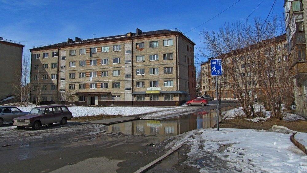 В Тюменской области экстренно эвакуировали жителей многоквартирного дома