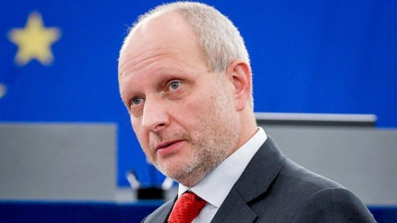 ЕС приказал Киеву «быстро и безотлагательно» отменить решение Конституционного суда Украины