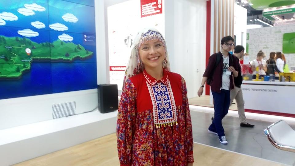 Новый День: Правительство Югры на Иннопроме рекламирует запрещенные товары