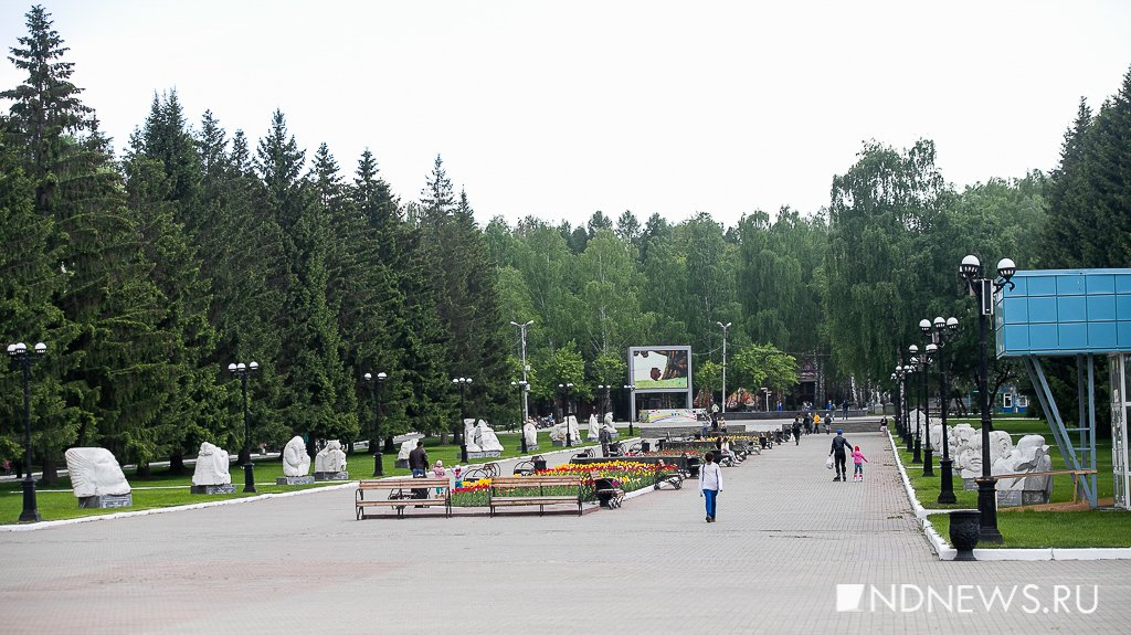 Новый День: Праздник Пушкина, экскурсия по ВИЗу и джаз в парке – Weekend (18+)